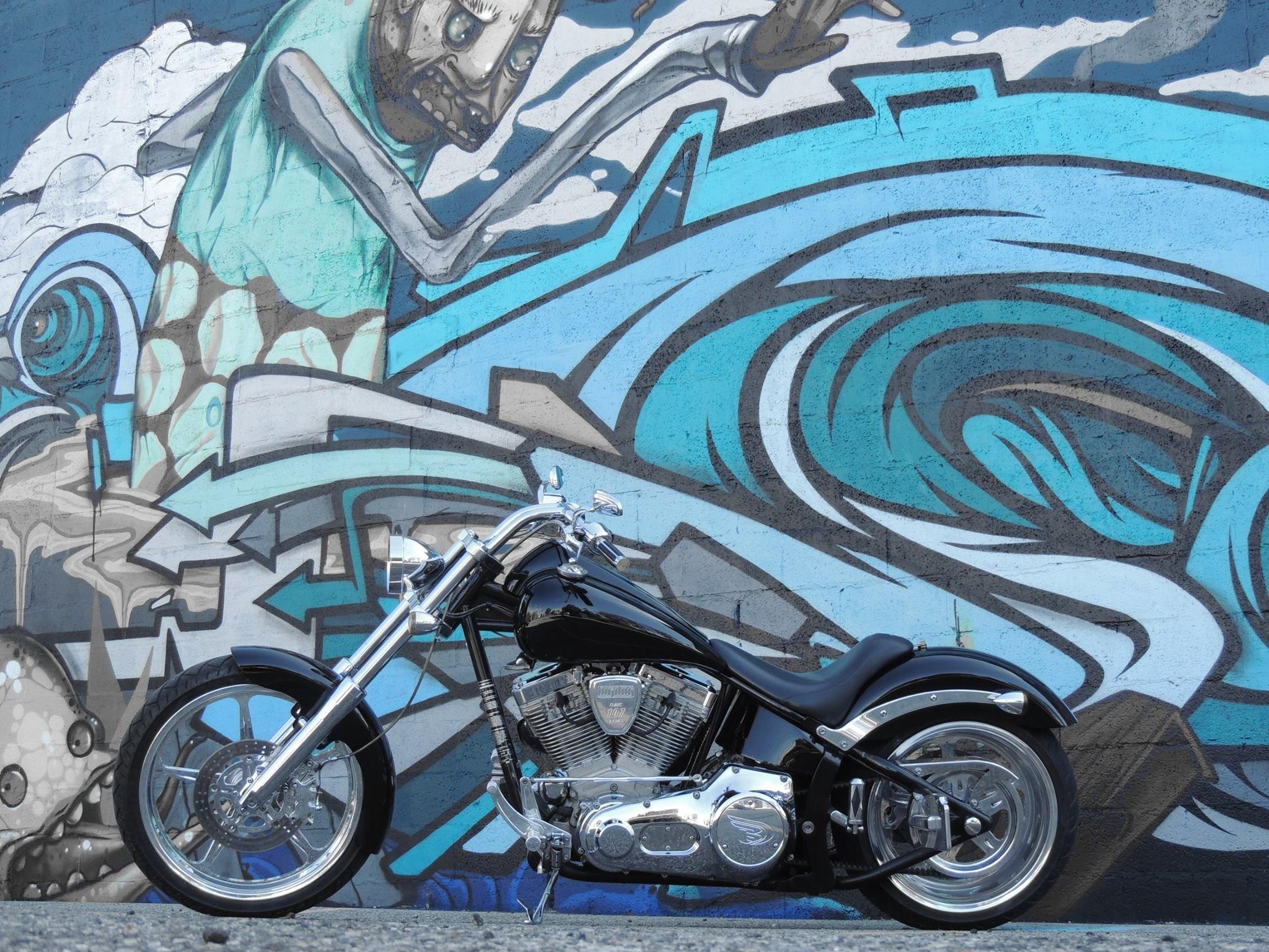 BIG DOG MOTORCYCLES 3 HOLE DERBY COVER W// LOGO 2004-OLDER MODELS POLISHED
